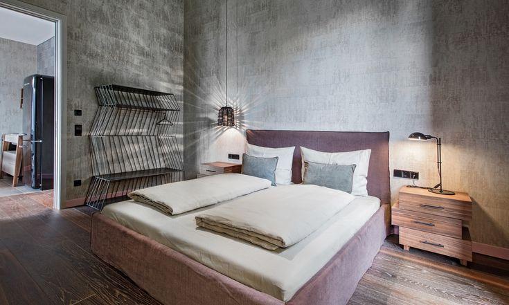 SADE VE ŞIK!  Elitis'in doğal doku ve desene sahip duvar kağıtları ile mekanlar ayrı bir havaya kavuşuyor.   www.nezihbagci.com / +90 (224) 549 0 777  ADRES: Bademli Mah. 20.Sokak Sirkeci Evleri No: 4/40 Bademli/BURSA  #nezihbagci #perde #duvarkağıdı #wallpaper #floors #Furniture #sunshade #interiordesign #Home #decoration #decor #designers #design #style #accessories #hotel #fashion #blogger #Architect #interior #Luxury #bursa #fashionblogger #tr_turkey #fashionblog #Outdoor #travel…