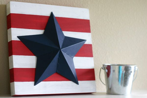 Stripes with big star... would be cool to hang this on the front door instead of a wreath. Plain canvas - red stripe and blue star. LOVE!