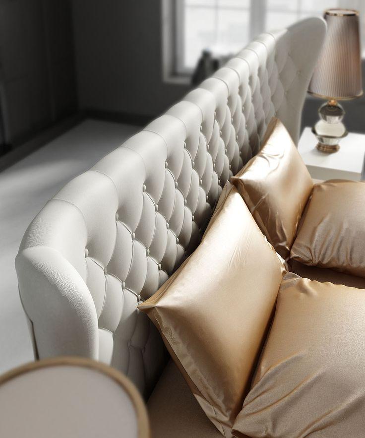 Cabecero Tapizado perteneciente a la colección de Franco Furniture Klassic II