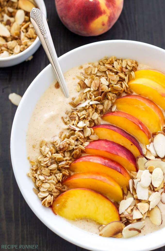 Peach Pie Smoothie Bowl | Thick, creamy, full of protein, and tastes just like a piece of peach pie! @spoonfulflavor