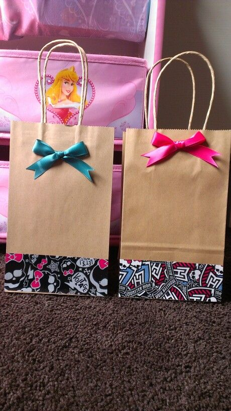 Simple dollar store DIY Monster high candy bag. #diy #simple