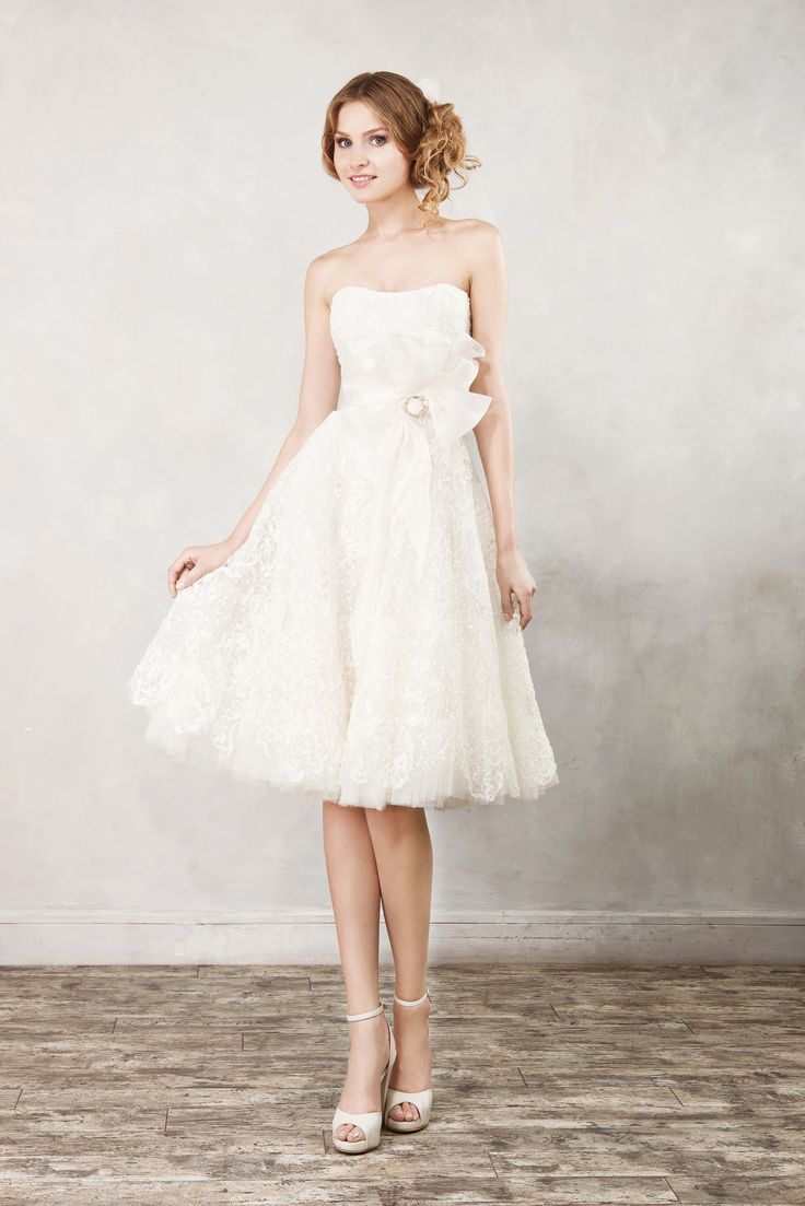 17  images about Wedding Dresses: Short Skirts on Pinterest ...