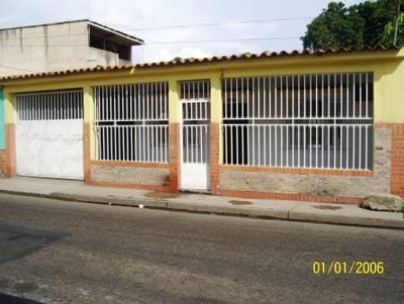 Fotos de Venta Casa Los Samanes 275.000 Bs.