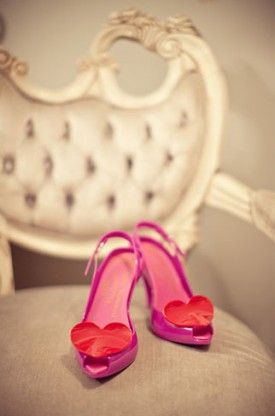 heart shoe clips 275x416 Valentines Day Inspiration: Hearts at Weddings