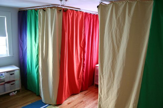 Bedcave curtains. A perfect (and fun!) solution for a shared bedroom. Although I do like this idea for a playroom as well.