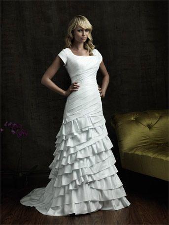 modest wedding dresses: Dresses Wedding, Wedding Dressses, Mermaids Wedding Dresses, Bridal Dresses, Court Training, Modest Wedding Dresses, Weddings, Shorts Sleeve, Wedding Dresses Style