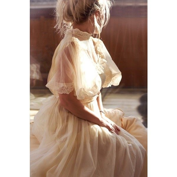 Modern day romantic period inspired wedding dress txmi for Period style wedding dresses