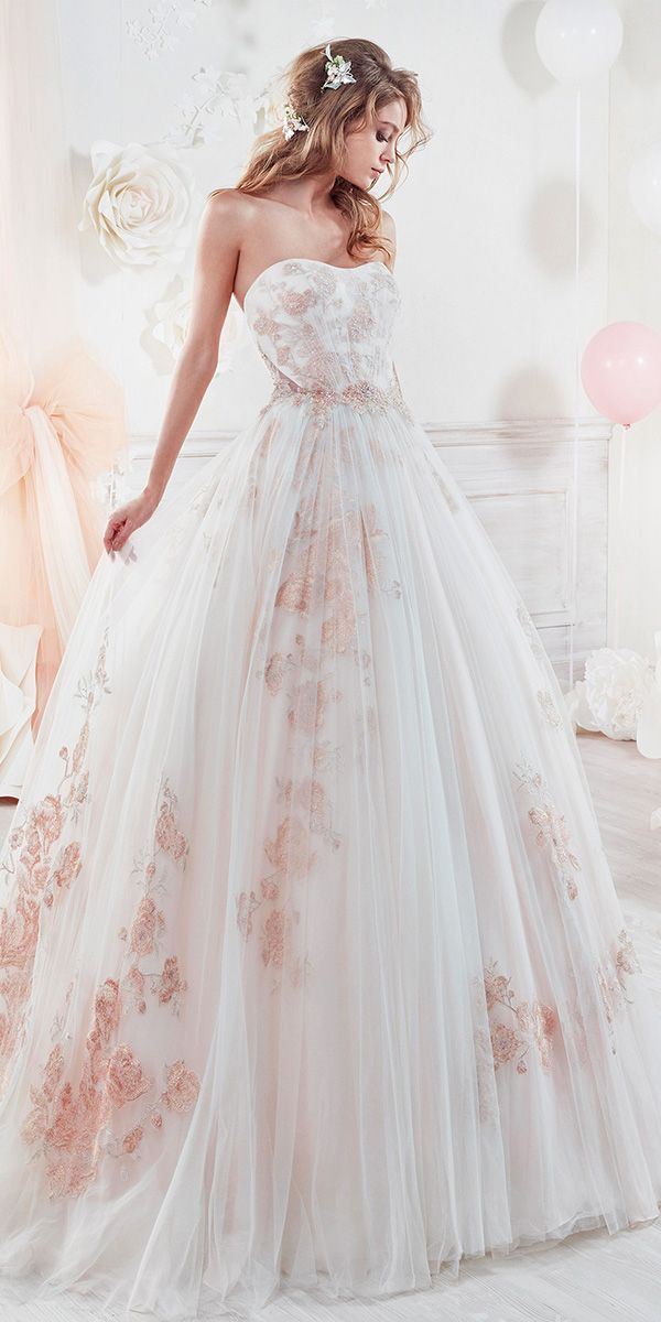 Beautiful And Romantic Nicole Spose Wedding Dresses 2018 ❤️princess sweetheart neckline floral wedding dresses. Full gallery: https://weddingdressesguide.com/nicole-spose-wedding-dresses/