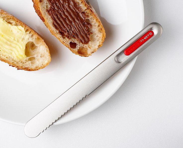 SpreadTHAT! II . Un coltello per spalmare che si scalda con il calore della mano!