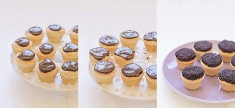 Receta para el Día de la Madre ¡galletas flor! Relleno, Mini Cupcakes, Chocolate, Cheesecake, Desserts, Flower, Birthday Treats, Cookies, Deserts