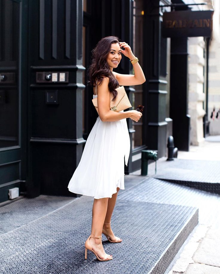 Want the world in your home check http://ift.tt/1QGTFkh's almost Friday! Here's a sneak peek of tomorrow's post.  #sneakpeek #ootd #soho #mercer #lagence #pleated #LWD  @talunzeitoun by kattanita