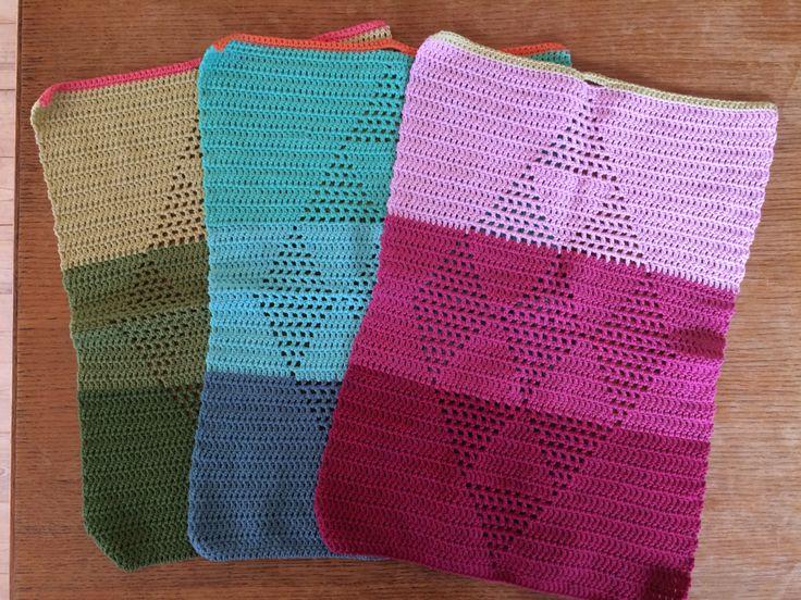 Harlekinshåndklæder hæklet i Havblik