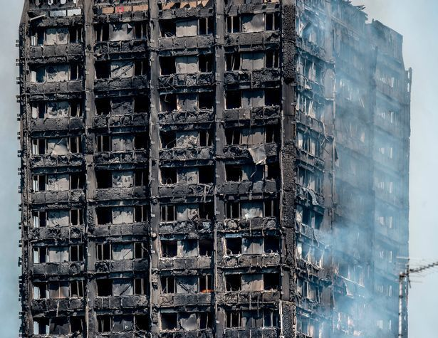 """How the sight of heroic firefighters rushing into the blazing Grenfell Tower had chilling echoes of 9/11 │ One firefighter compared the blazing tower block in London to the Twin Towers tragedy, saying: """"There was one small staircase that everyone was going up. It was just like the images of 9/11"""""""