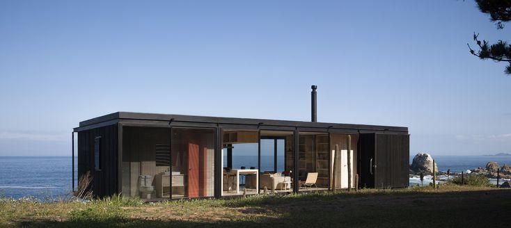Gallery of Remote House / Felipe Assadi - 14