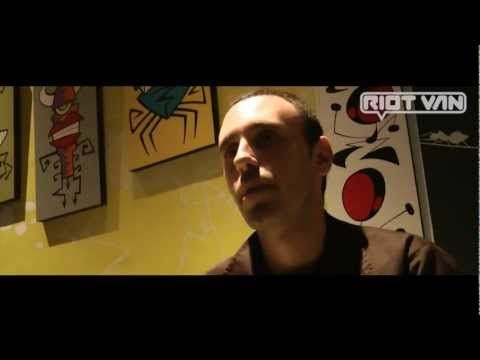Riot Van // Intervista // Zerocalcare - YouTube video making interview comics fumetti zerocalcare art
