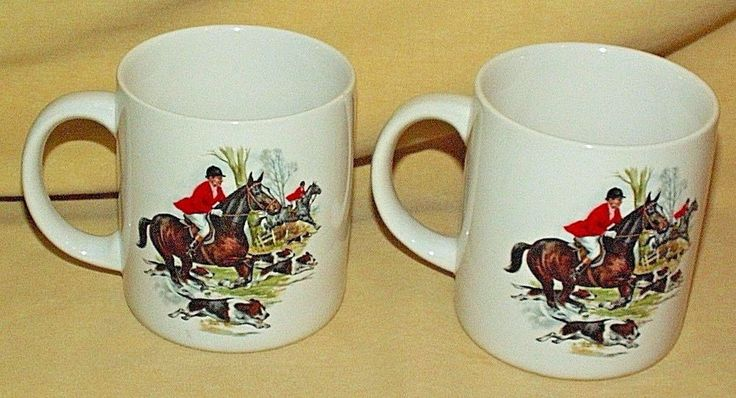 HUNT CLUB MUG SET 2 STEEPLECHASE HUNTING BEAGLE DOG COFFEE TEA CUP HORSE RUNNING
