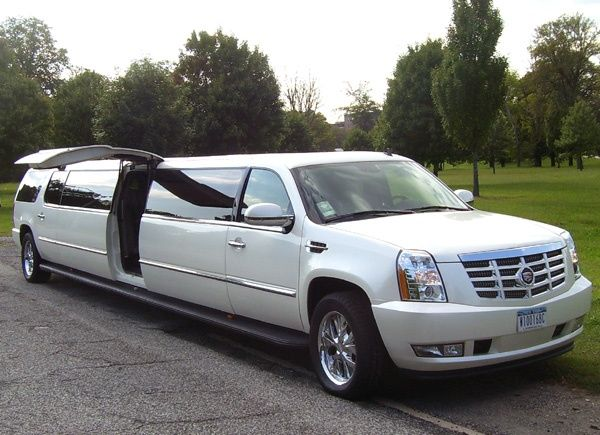 494 Best Images About Limo S On Pinterest Limo Range