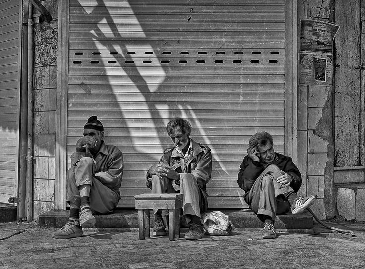 Hossein Zare - Hard Life's
