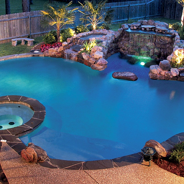35 best images about i wish i had this on pinterest blue lagoon nassau and knitting needles - Cool backyard swimming pools ...