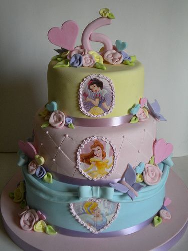 pretty princess cake...except OF COURSE with out the No. 6 on it lol...maybe the No. 24!!! lol
