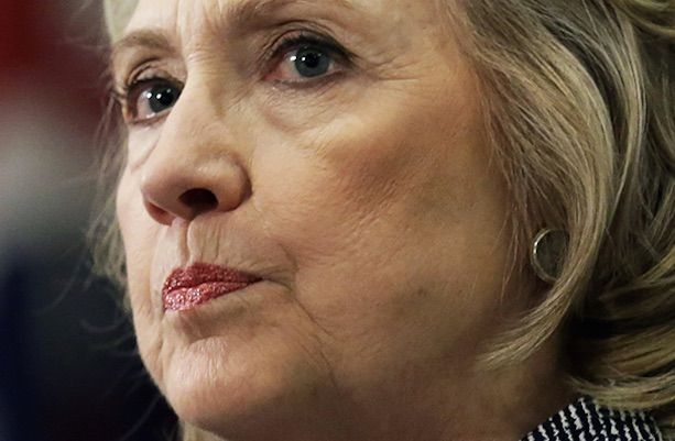 Hillary could end up in prison for 10 years after what Obama said about her private server during his 60 minutes interview.