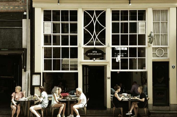 Bar Moustache, com get a drink with your friends in one of the best streets of Amsterdam.