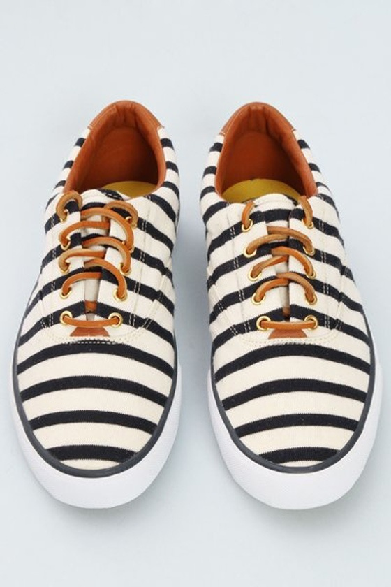 Striped Boaters
