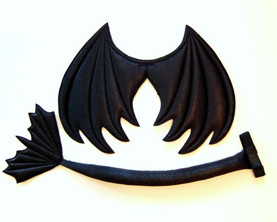 Black Dragon Wings et jeu de queue, fil gratuite, costume de dragon édenté, costume d'Halloween, les enfants habillage ailes, cosplay, prop de photographie