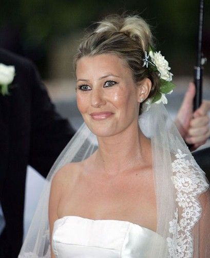 Sara Buys At Her Wedding To Tom Parker Bowles Son Of Camilla Duchess Of Corn