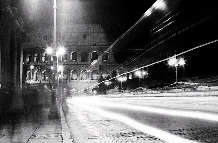 http://www.antoniobiagiottifotografo.com/en/fotogallery/  Rome. Pentax MZ-5n Pentax 28-70 F4 AL Kodak T- MAX 400 — presso Rome, Italy.