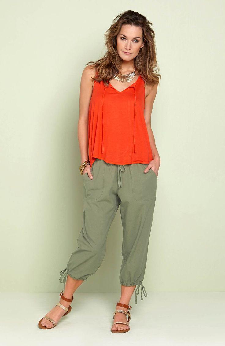 Rybaczki z prostymi nogawkami, niezwykle wygodna bawełna marki Happy Holly, http://www.halens.pl/moda-damska-na-do-spodnie-5760/rybaczki-ariana-556511?imageId=393840&variantId=556511-0023