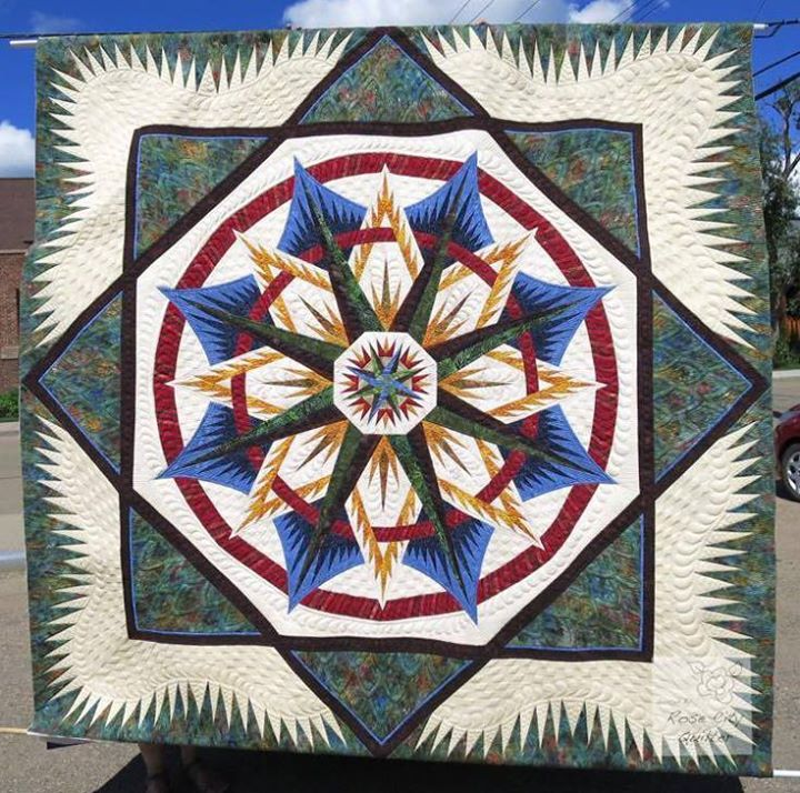 Mariner's Compass, Quiltworx.com, Made by CI Anne Hall, Quilted by Ardelle Kerr of Rose City Quilter