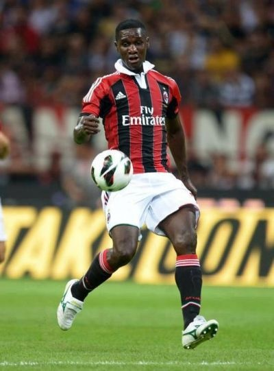 Cristián Eduardo Zapata Valencia (born 30 September 1986) is a Colombian footballer. He currently plays for Milan as a defender, usually at centre back position. He can also play at full back on either side as he is comfortable with both feet, although naturally right footed.
