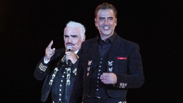 ¡OMG! Alejandro Fernández hace tremendo berrinche en concierto de 'Chente'