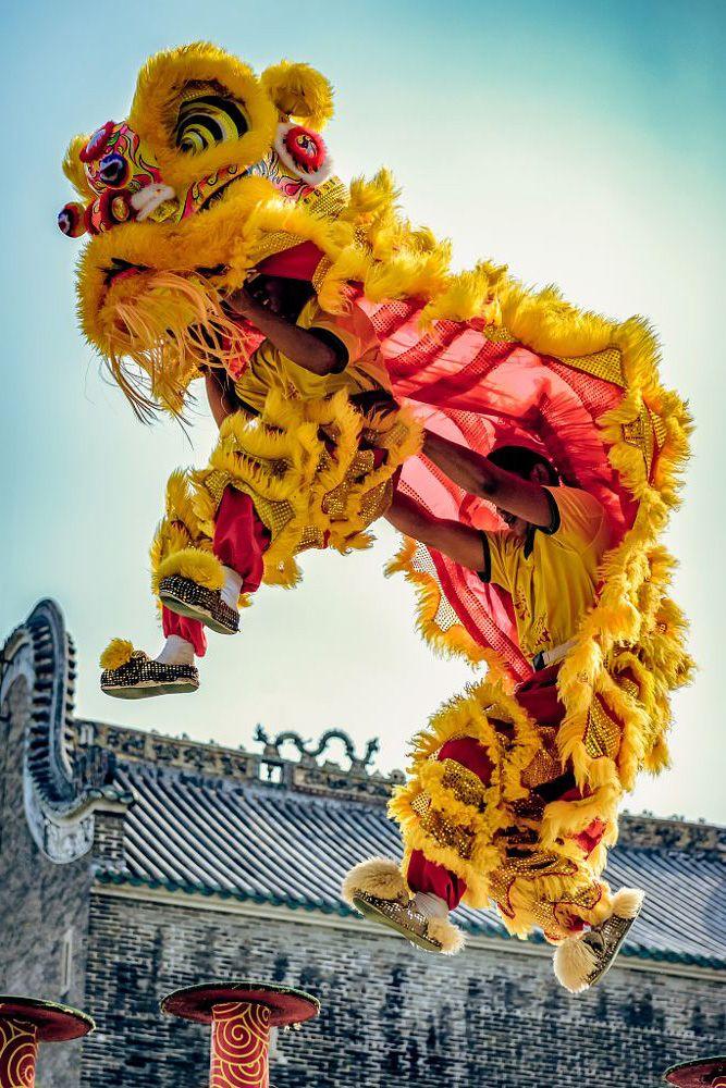 Dragon dance, Guangzhou, China