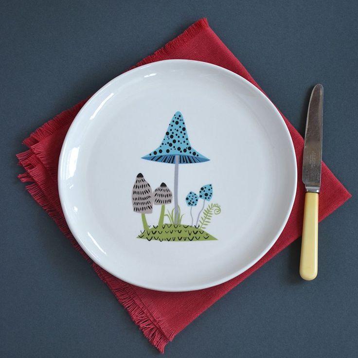 toadstool plate, toadstool design plate, hannah turner, retro toadstool plate, mushroom plate, gogglebox