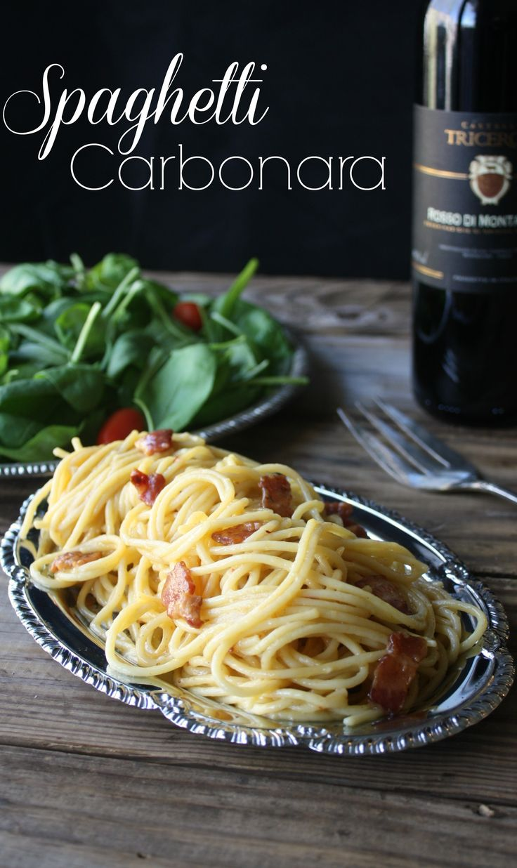 Authentic Spaghetti Carbonara recipe. This recipe gives you the exact steps so everything is ready at the same time so it comes out hot and perfect.