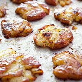 Crispy smashed potatoes modifymegan: Recipes Side, Roasted Smashed Potatoes, Crispy Smashed Potatoes, Savory Recipes, Red Potato Recipe, Food Side, Sidedish