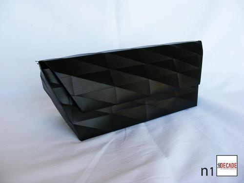 Glamour Clutch  http://blomming.com/mm/DECADElab/items/clutch-n1?view_type=thumbnail