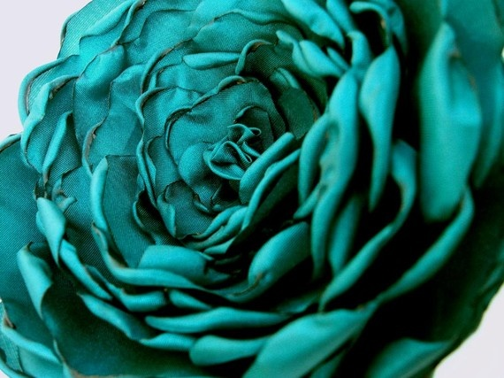 Amazing flower from AllThatZazz on Etsy.  : Rose Flowers, Teal Bathroom, Amazing Flowers, Colors Teal, Bathroom Interior, Brooches, Turquoise T Things, Teal Rose, Fabrics Flowers