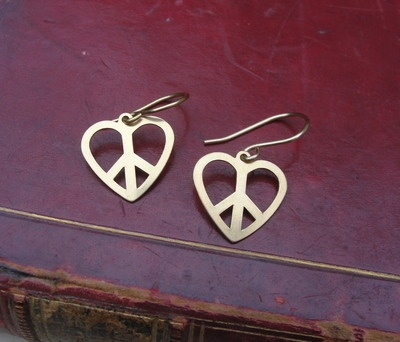 Peace & Love earrings - i can see a pattern here, breathtaking!!!
