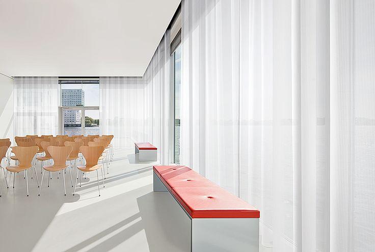 Vescom - curtain acoustics - design Carmen