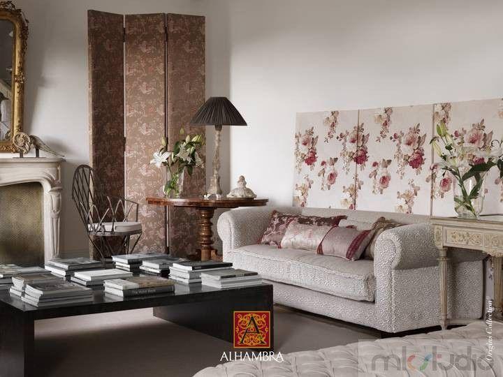 #brąz #brązowy #brown #wnętrze #salon #dekoracje #dekoracjewnętrz #interior #wnetrza #kanapa #sofa #aranżacja #architekt #mkstudio #tkaniny #tkaninyobiciowe  http://www.mkstudio.waw.pl/dekoracje/tkaniny-obiciowe/