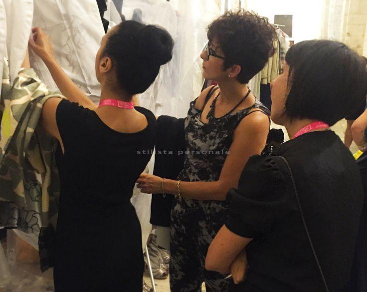 Annalisa Colonna e Graziana Valentini con Natascha Wanvestraut nel backstage di FashionPuglia 2016 2