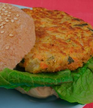 great grain and garden burgers - time to freeze some veggie burgers!