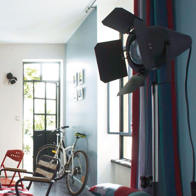 17 meilleures images propos de d co industrielle sur pinterest led m taux et inspiration for Projecteur de salon