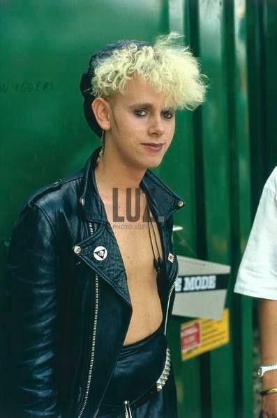 Depeche Mode in Werchter, Werchter Festival  1985-07-07https://www.depechemode-live.com/wiki/1985-07-21_Radio_21,_Belgiumhttps://www.youtube.com/watch?v=sWF_klyR2XA