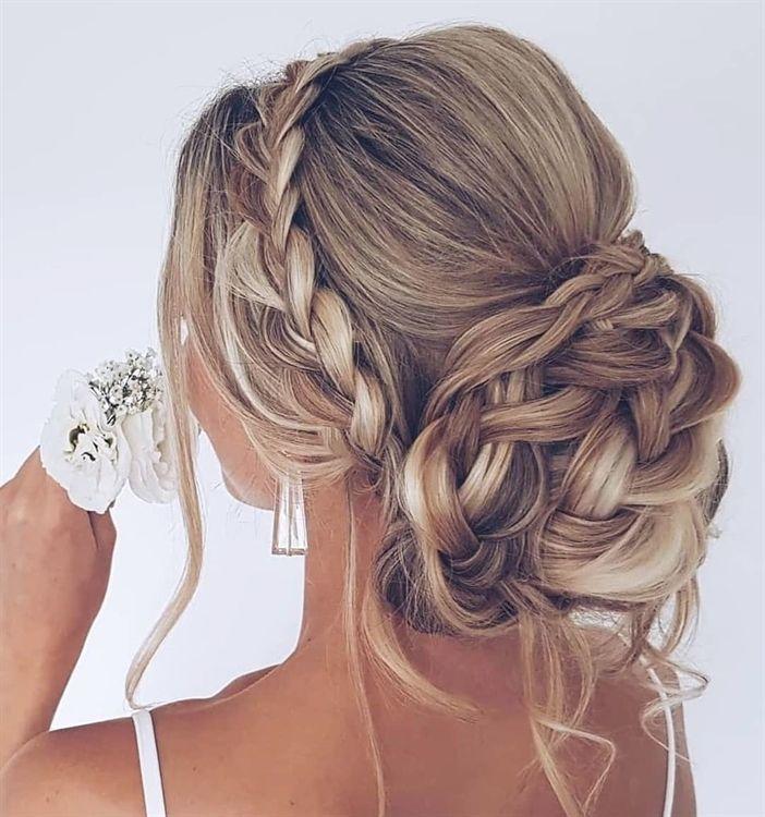 25 Hochsteckfrisuren-Frisuren für langes Haar, Wir lieben eine romantische Hochsteckfrisur mehr als nur etwas für eine Hochzeit, und es gibt atemberaubende Akzente, um eine Hochsteckfrisur wirklich zu verstärken, wie Funken …, Best Wedding Style #WeddingUpdos