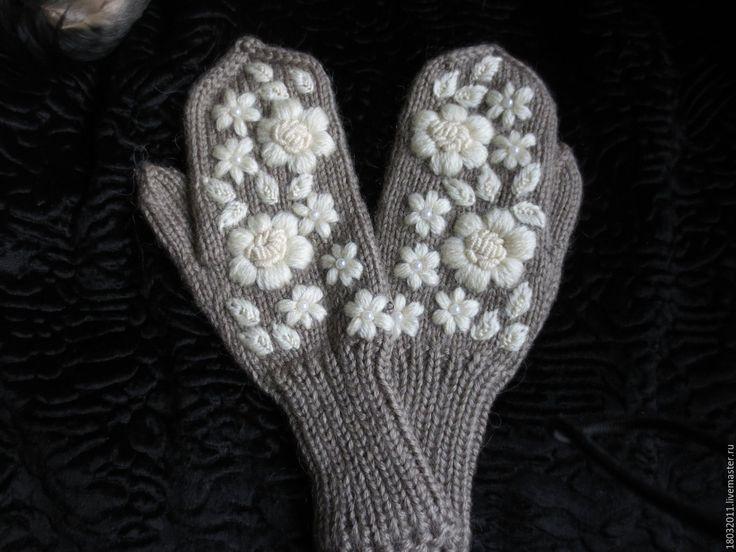 Купить Варежки с вышивкой - коричневый, цветочный, варежки, варежки ручной работы, варежки женские
