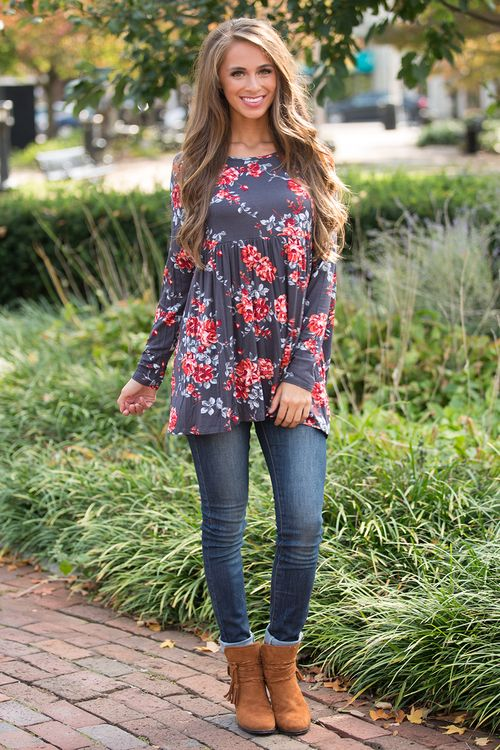 This stunning floral tunic is sure to make you feel fabulous this fall!